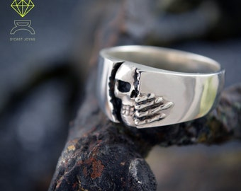 Silver skull wedding ring, Winter is coming band ring, Goth jewelry