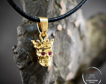 18k Gold small king skull pendant with natural gemstones, Gold skull with crown