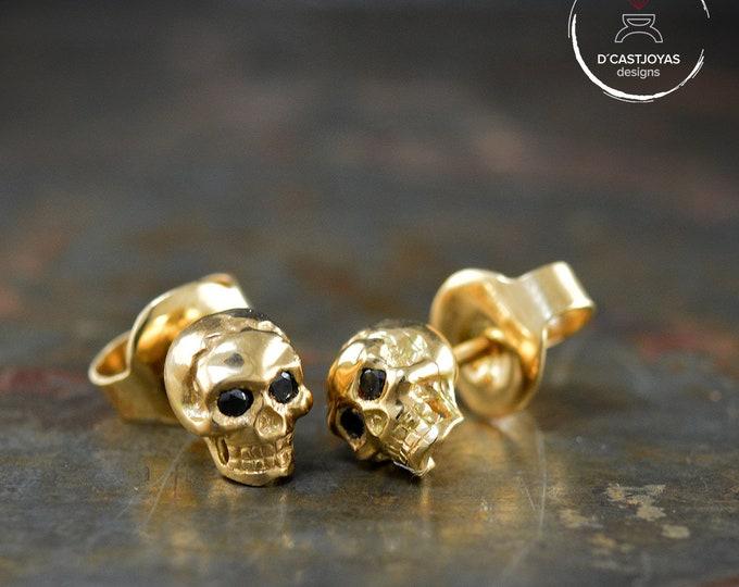 Gold Tiny Skulls Earrings, Solid 18k gold earrings with black diamonds, Halloween jewelry, Memento Mori, Men Jewelry, Gothic jewelry