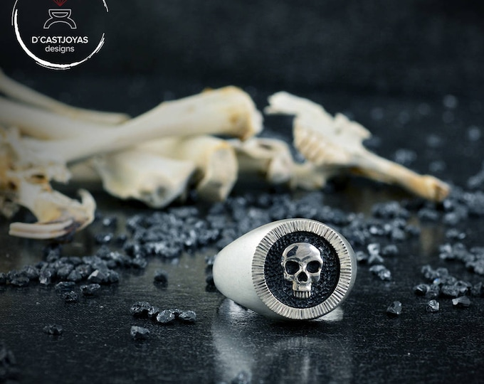 Sterling silver seal ring Skull, Memento Mori, Skull rings for men, Badass jewelry, Biker ring, Handcrafted ring, Punk style ring