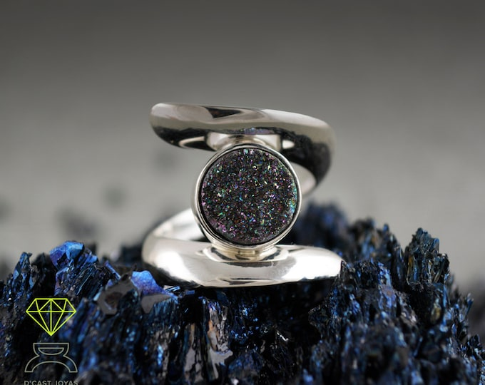 Silver solitaire ring blue Druzy stone,  Blue Druzy agate, Silver ring blue stone, Contemporary jewelry, Handcrafted ring, Urban style
