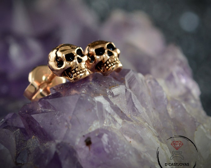 Gold plated Skulls stud Earrings, Rose gold plated tiny skulls, Halloween jewelry, Gothic jewelry