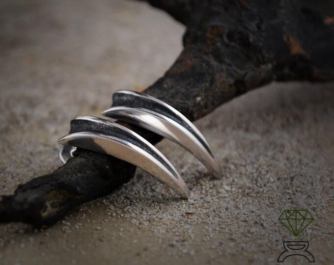 Fang silver earring, Silver claw earring, Long earring, Punk jewelry, Gothic jewelry, Handmade earring