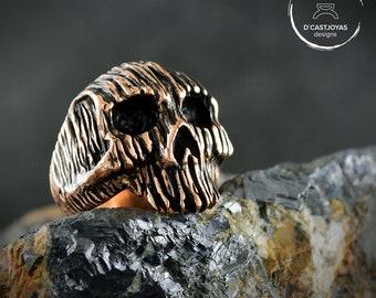 Bronze skull ring, Rustic Ring for men, Badass jewelry, Halloween ring