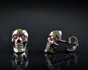 Gold human skull earrings in 14k y 18k gold with black rhodium , Black skull stud, Memento mori