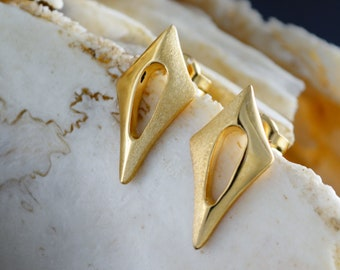 Solid gold Arrow stud earrings, Two rhombuses earrings