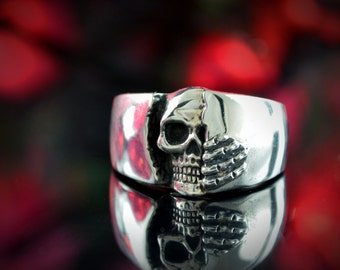 Silver skull wedding ring for men,  Silver band ring, Badass jewelry