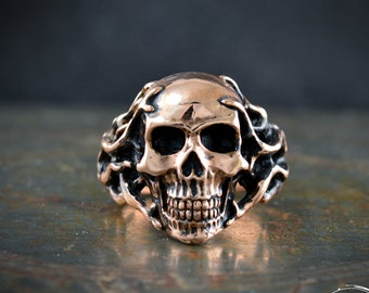 Bronze Skull with tentacles ring , Memento mori