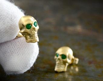 Gold human skull earring , 14k and 18k gold stud, Memento mori earrings
