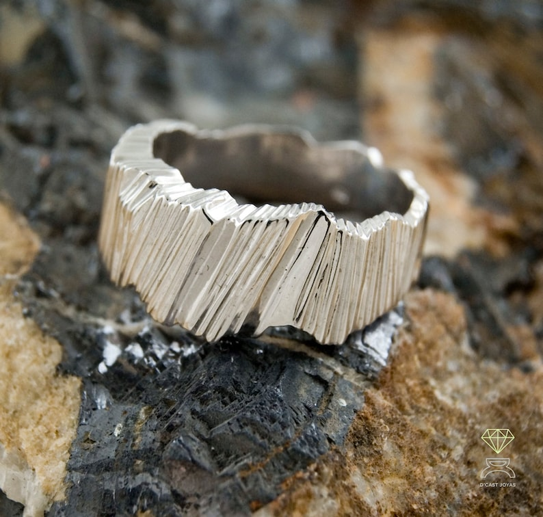 Contemporary jewelry Handcrafted ring Silver rustic band ring,Silver alliances Reticulated Sterling ring for men, Urban style ring