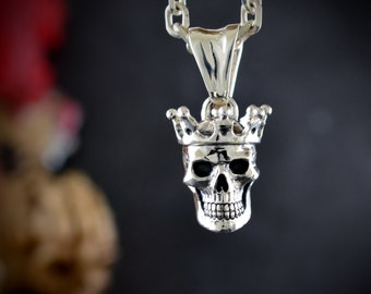 Silver skull king pendant for men  with oxidised textures, Human skull  with crown