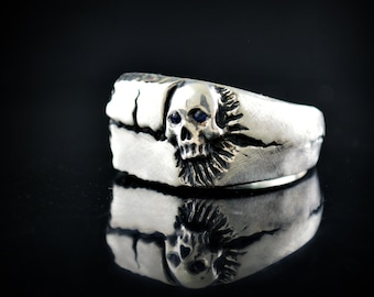 Solid silver signet  skull ring, Square signet ring for men, Badass jewelry