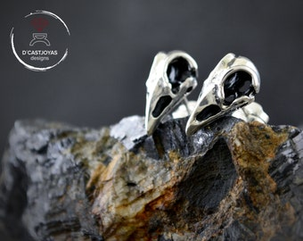 Ravens skull stud earrings in solid Sterling silver with oxidized textures, Skull bird stud, Gift for gothic bride, Men skull stud