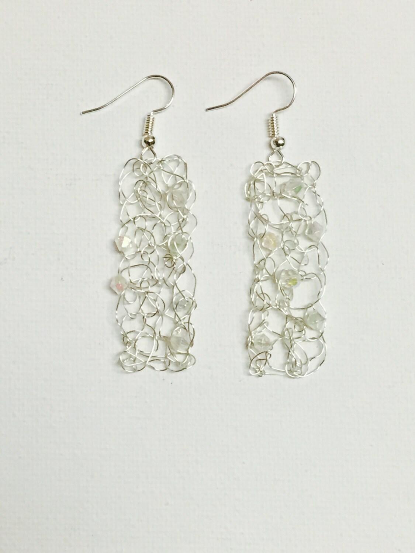 Ohrringe Silber rechteckige Crochet Draht mit Kristall-Perlen