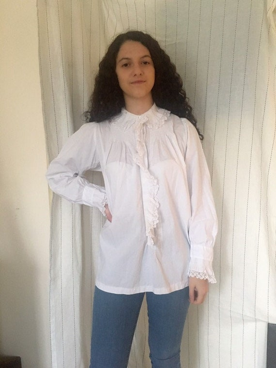 French antique edwardian victorian cotton lacy whi
