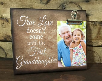 Gift for Grandparents, True love doesn't come until your first granddaughter, Christmas Gift For Grandma, Néw Baby Gift