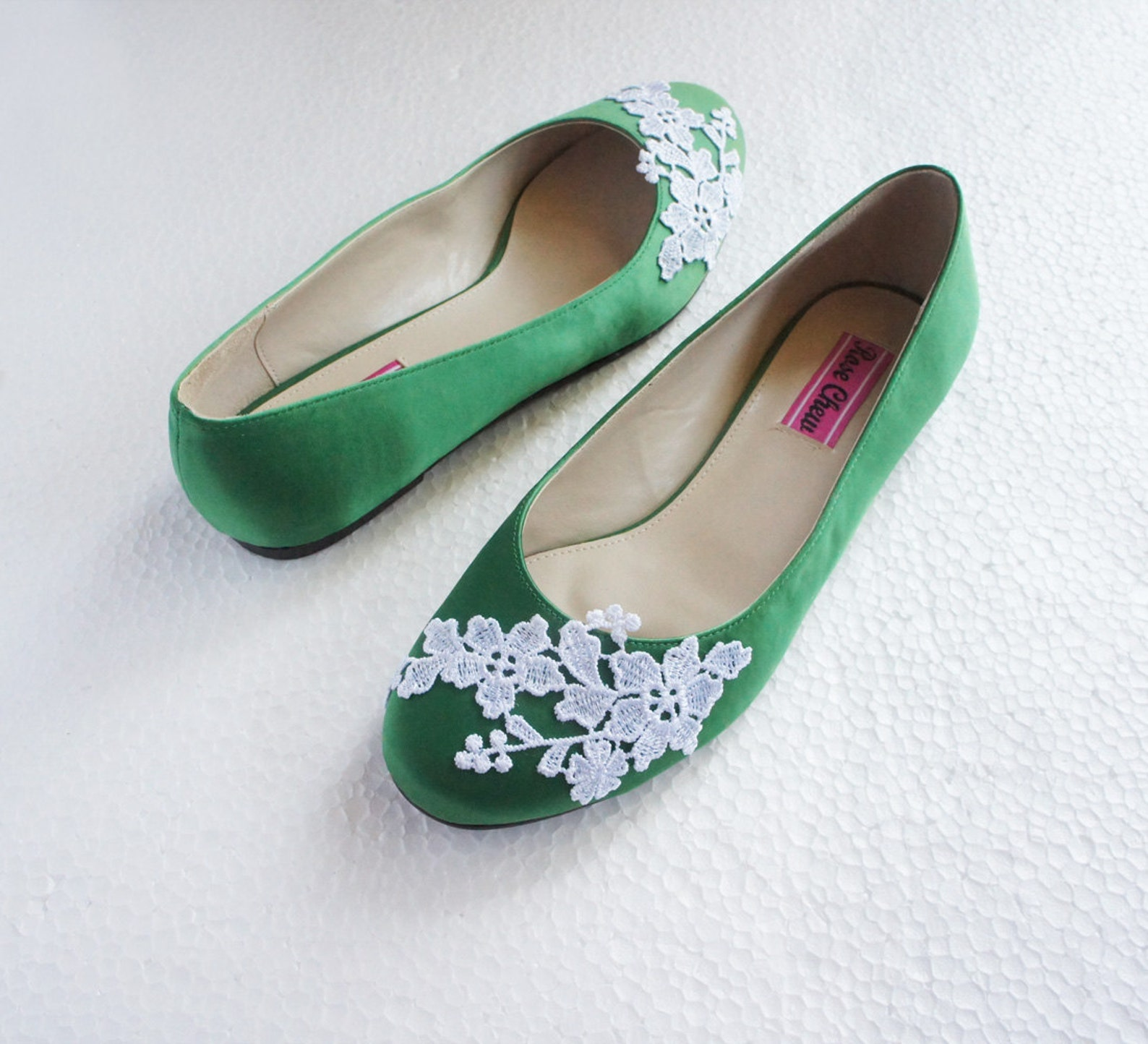 white lace green satin wedding shoes floral embroidered bridal ballet flats summer rustic wedding fashion flower bridesmaid shoe