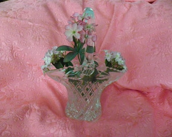 Clear Glass Basket Vase - Perfect For A Wedding Display - Bouquet, Dish