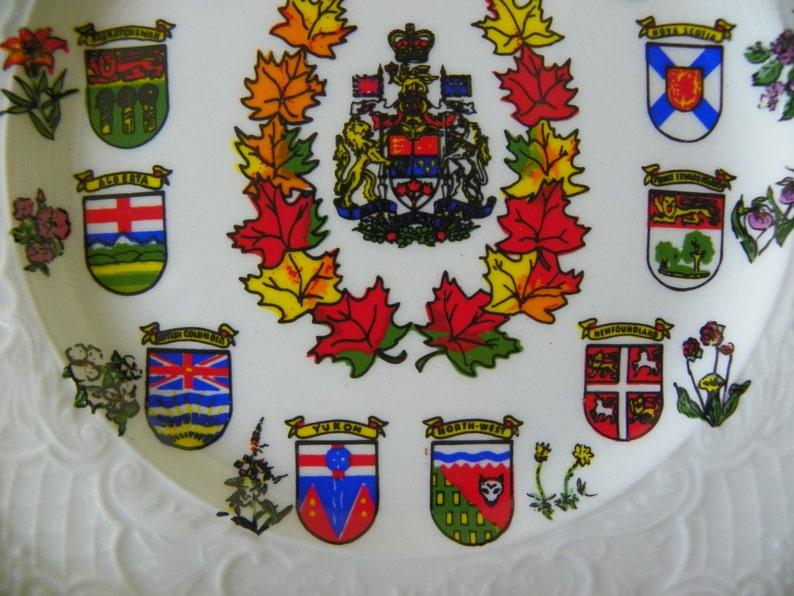 CLEARANCE Canada Quebec Vintage Souvenir Collector/'s Plate