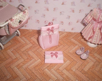 Dollhouse miniature 1/12. Diaper and changer