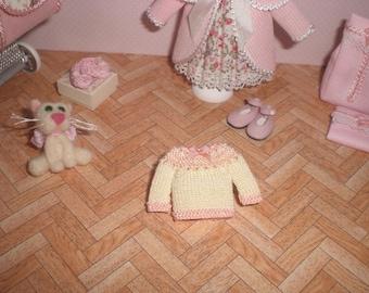 Dollhouse miniature 1/12. Baby jersey
