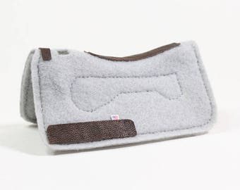 Light Grey Working Western Saddle Pad - For Breyer, Stone, Traditional 1:9 Scale Model Horses
