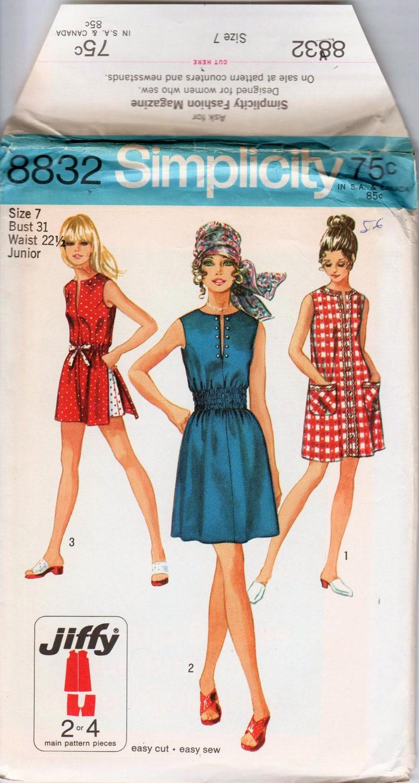 Juniors Vintage Dress Summer Dress Pattern SIMPLICITY Jiffy 8832 UNCUT bust  31