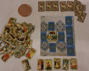 Casa de muñecas miniatura cartas del Tarot 1/12 escala con mat