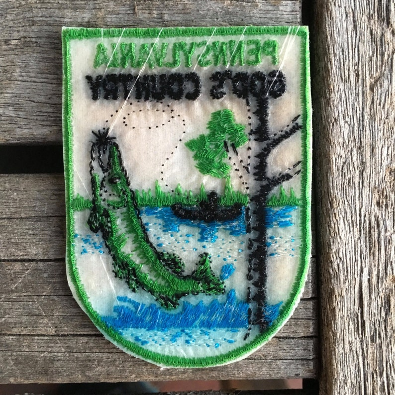 Pennsylvania God/'s Country Vintage Souvenir Travel Patch from Voyager