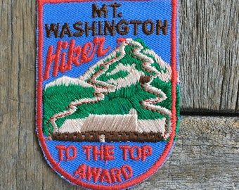 LAST ONE! Mount Washington New Hampshire, Hiker to the Top Award Vintage Souvenir Travel Patch from Voyager
