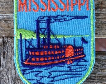 Mississippi Vintage Souvenir Travel Patch from Voyager