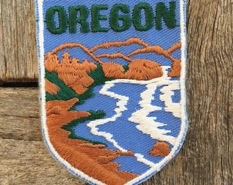 Oregon Vintage Souvenir Travel Patch from Voyager