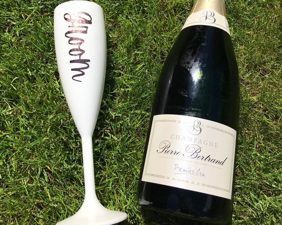 Personalised Reusable Champagne Flute 187ml - Wedding, Hen Do, Stag Do, Hot Tub, House Party, BBQ Bride, Groom Plastic