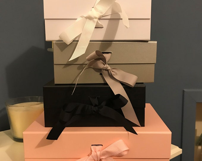 BULK OFFER - 12 for the price of 11 - A5 Deep Gift Boxes with grosgrain ribbon - 23cm x 17cm x 10cm