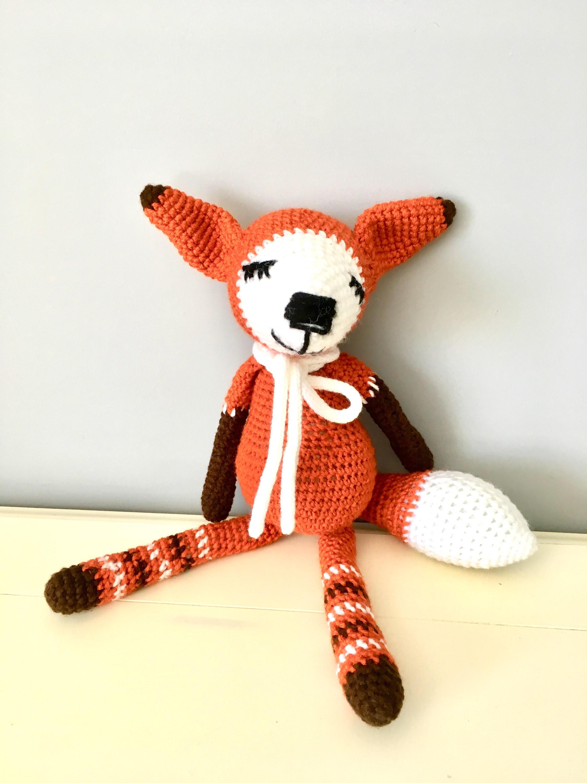 Sleeping fox amigurumi pattern - Amigurumi Today | 3000x2250