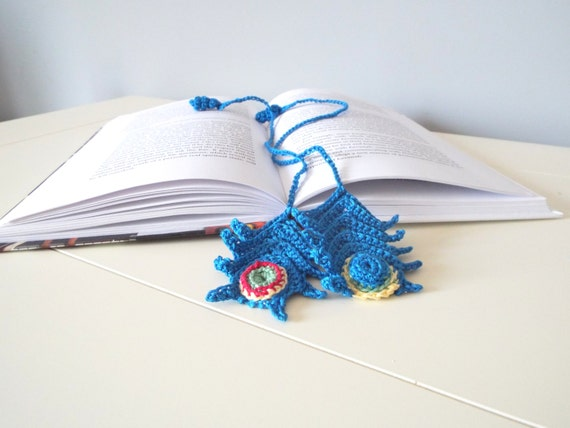 Handmade crochet bookmark/peacock feather/small giftables/gift ideas/home decor/crochet art/crochet gifts/men/women/decorations/keepsakes/