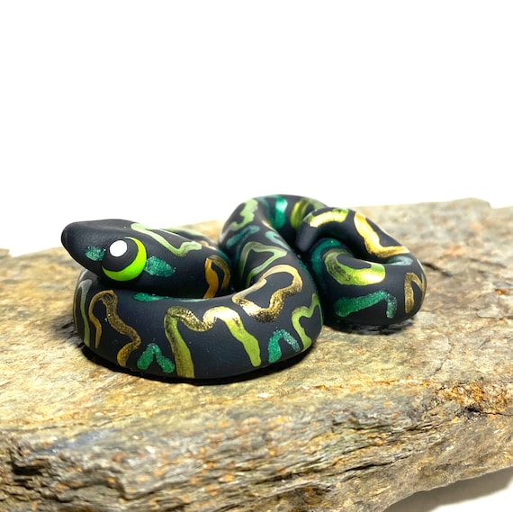 Black and Green Snake Magnet | St. Patrick's Day Snake | Snake Wearing Hat | Snake Magnet | Irish Snake | Ball Python Magnet | Snek