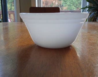 Vintage Small Federal Milk Glass Mixing Bowl