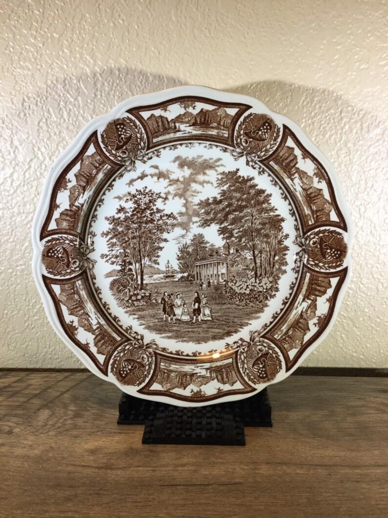 J and G Meakin 10.5 Dinner Plate Vintage Americana Brown