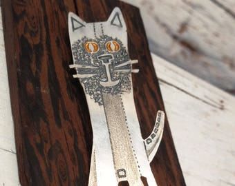 Handmade Sterling Silver Cat Brooch Pin, TAILOR Patinated, Hand Painted, Silver Cat, Contemporary Silver Brooch, Wearable art, Easter Gift