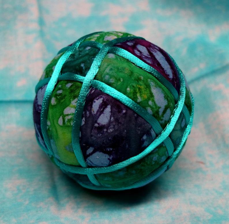 Tuck Quilted Ornamental Ball Blue Purple Batik Fabrics Wrapped Bands Pattern Green 3 Inch Diameter Japanese Kimekomi Ball