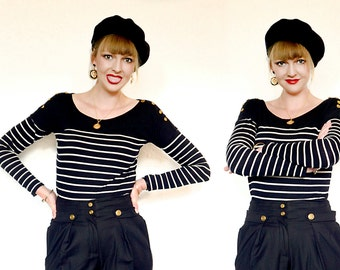 Striped nautical back & white vintage long sleeve top