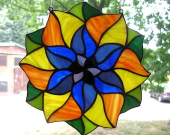 Stained glass mandala Suncatcher Hanging window panel Tiffany style Round Glass Medallion Rainbow