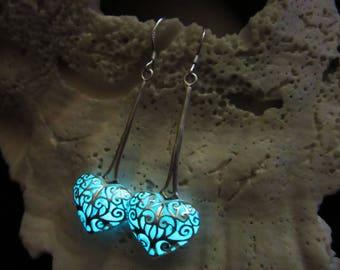 Hearts Earrings Glow in the dark