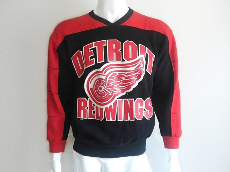 check out 59406 0e013 Vintage Detroit Red Wings Sweater, NHL Hockey, Hockey Sweater, Vintage NHL  Sweater, NHL, Size Small