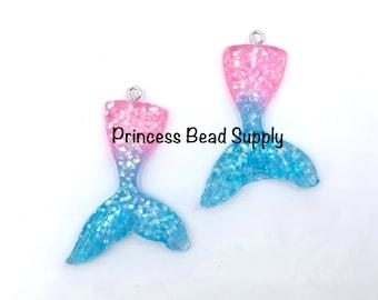 38x37mm iridescent purple /& turquoise mermaid tail chunky bead metal pendant