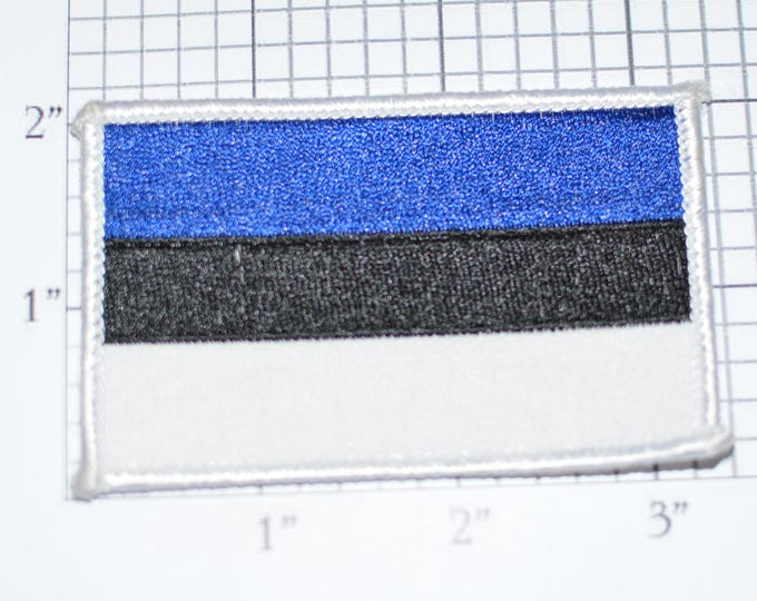 Estonia Flag Sew-On Vintage Embroidered Applique Patch DIY Clothing Project Sewing Crafts Scrapbook Memorabilia Tourist Keepsake e26g