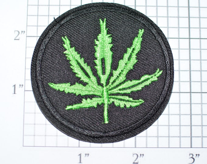 Marijuana Leaf Iron-On Embroidered Clothing Patch Hippie Boho Jacket Patch Backpack Patch Jeans Patch Vest Patch Biker Weed Pot 420 e27i