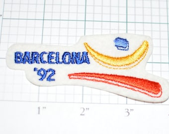 Barcelona '92 Iron-On Vintage Souvenir Patch Spain Summer Olympics RARE XXV Olympiad for Jacket Hat Shirt Sports Memorabilia Collectible s2
