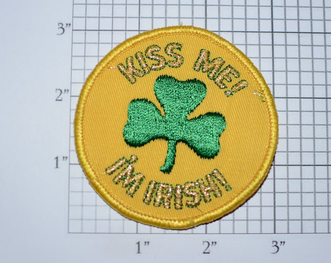 Kiss Me I'm Irish - Ethnic Pride Sew-On Vintage Embroidered Clothing Patch Shiny Metallic Threading *Only 1 Available* DIY Clothes Accent